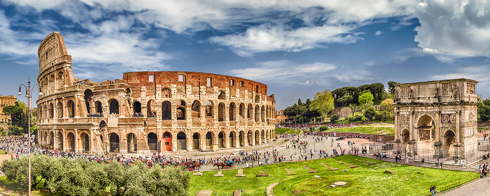 The Colosseum – Largest Amphitheatre